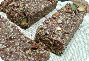Barres énergétiques cacao-canneberges (crues, vegan)