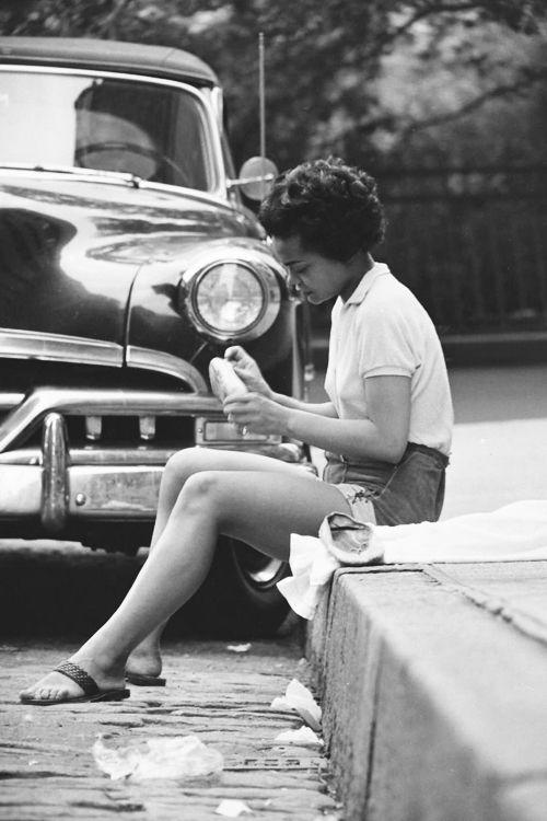 •*´¨`*•.¸¸.•*´¨`*•.¸¸.•*´¨`*•.¸¸.•*´¨`*•.¸¸.•          =^..^=Sexy Eartha Kit=^..^=    •*´¨`*•.¸¸.•*´¨`*•.¸¸.•*´¨`*•.¸¸.•*´¨`*•.¸¸.•  Eartha Kitt, 1952. Photo by Gordon Parks
