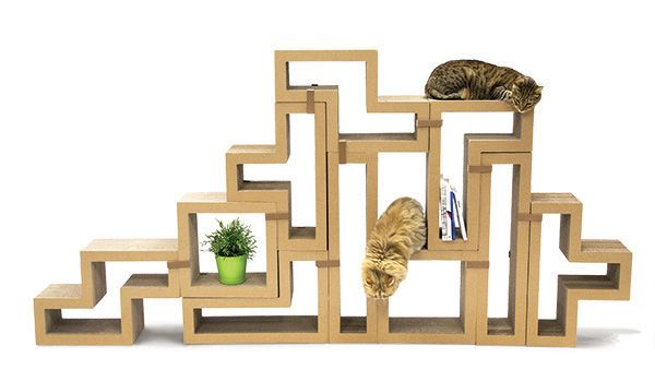KATRIS is a cat furniture/cat tree that can be change up in endless new combinations and formations, providing new play options for your cat and yourself.