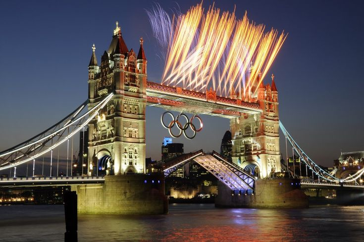 New Year's Eve Fireworks in HD | Enjoy-the-Mayor-of-Londons-New-Years-Eve-Fireworks-Display-with-London ...