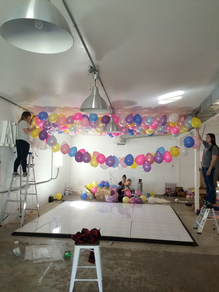 17 best ideas about balloon ceiling decorations on for Home decorations with balloons