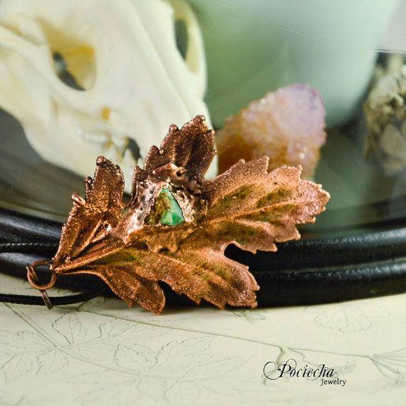 Oxeye Daisy Leaf Necklace Chrysoprase by POCIECHAjewelry on Etsy