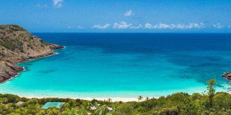 Blue waters in st barth