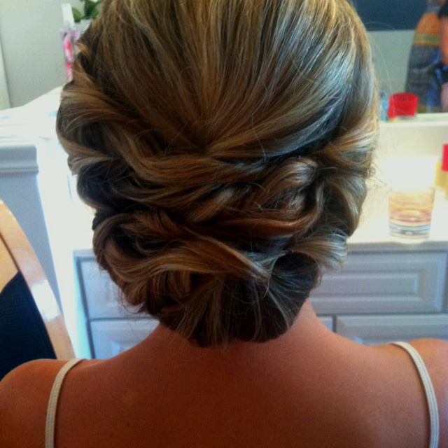 10+ Ideas About Mother Of The Bride Hairstyles On