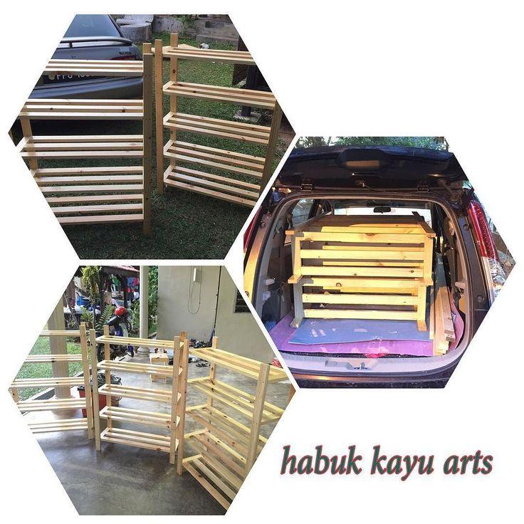 Siap penghantaran rak kasut ke rumah customer  #rakkasut #rakkasutpallet #pinewood #pallet #palletfurniture #habukkayuarts #woodwork #woodworking #sayajual #malaysia #sayacustom de syaifullahrusli