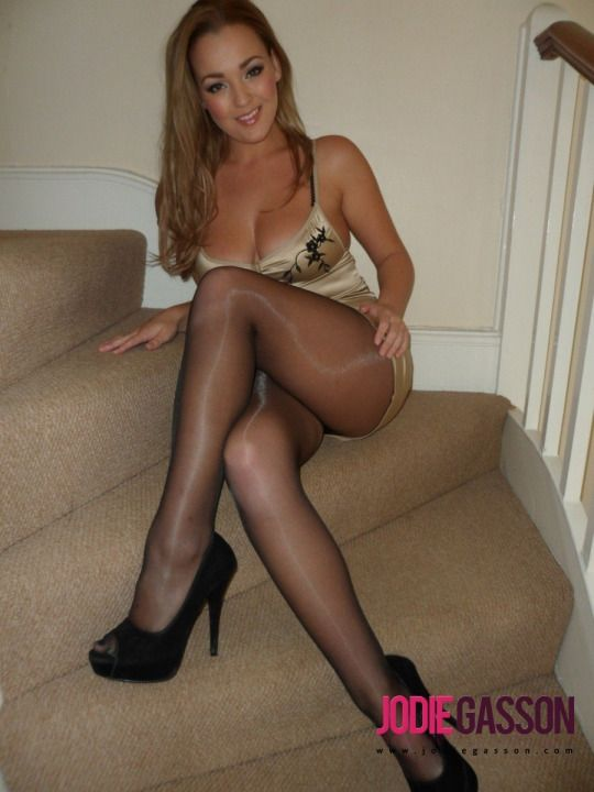 Babe In Sexual Pantyhose Http