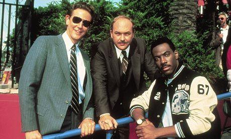 Eddie Murphy to TV? Judge Reinhold, John Ashton and Eddie Murphy on the set of Beverly Hills Cop II