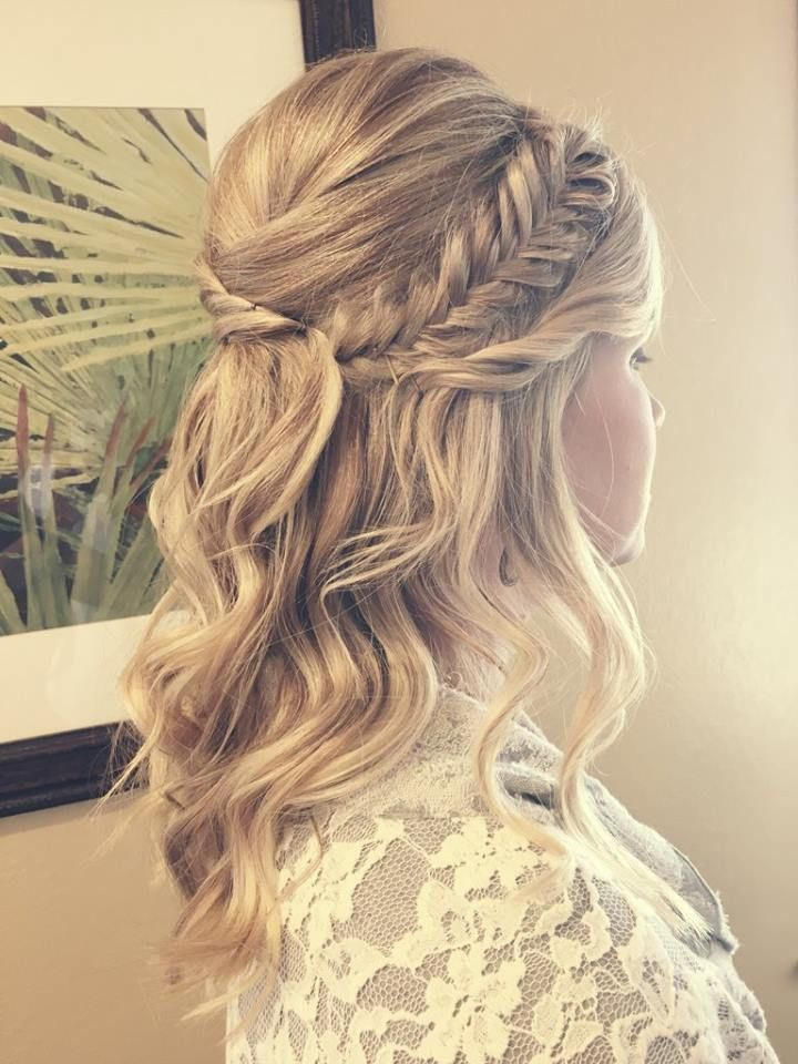 Wedding Hairstyles Half Up Half Down Amandaraebeauty Com Wedding Hair Bridal Kapsel Halflang Vlecht Kapsel Lang Haar Opgestoken Opgestoken Haar Halflang