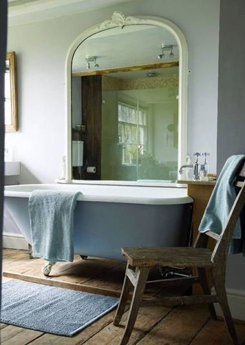 lovely big mirror over freestanding bath