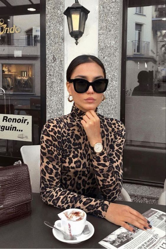 Winter outfit | Leopard Turtleneck | Sunglasses | Chic | Gold earrings | Girl … – sunglass …