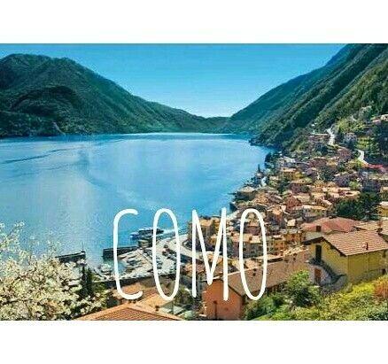 """İtalya'nın kuzeyinde yer alan bir buzul gölü Como. """"Y"""" harfine benzeyen şekli sayesinde pek çok kasabaya manzara olan eşsiz bir güzellik. Como Gölü turuna çıkmaya hazır mısınız? ⛵  ✔ http://www.pinkwomens.com/minyatur-cennet-como-golu/"""
