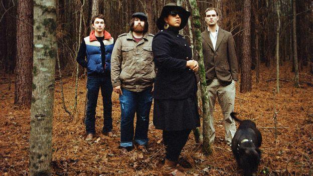Alabama Shakes - this band will be big!  Bluesy, soulful sound!: Tunes, Bands, Tables Seats, Songs Hye-Kyo, Alabamashak, Alabama Shakes, Ears, Cafe K-Cup, Coats