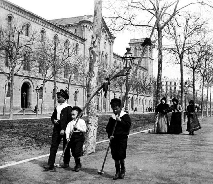 914 best bcn fosa en negre ii images on pinterest - Placa universitat barcelona ...