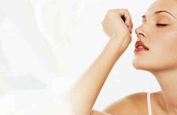У каждой женщины есть свой любимый парфюм. И производители парфюмерии знают об этом.  Крупные парфюмерные бренды предлагают целые линейки, в которые входят духи, туалетная вода, лосьоны, кремы для тела и другие косметические продукты с одним и тем же ароматом. И, как правило, все эти продукты дост