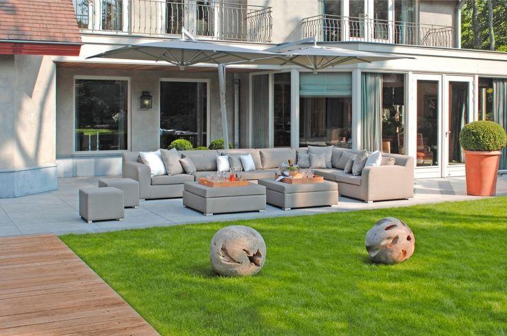 DOLCE Kolekcja mebli ogrodowych DOLCE, to kolejna propozycja firmy Borek w obrębie mebli modułowych. Konstrukcję wykonano z aluminium, natomiast poduszki pokryto materiałem LEISURETEX® dla uzyskania wysokiego komfortu i trwałości.