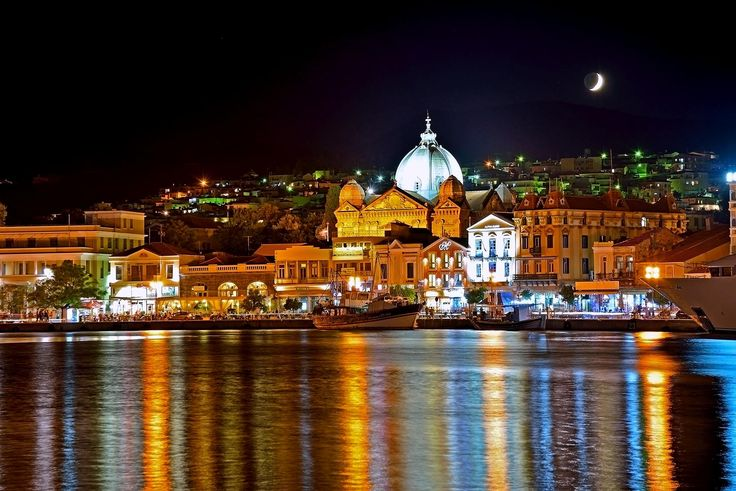 GREECE CHANNEL | #Mytilene by night by Nicolas Maragos on 500px http://www.greece-channel.com/