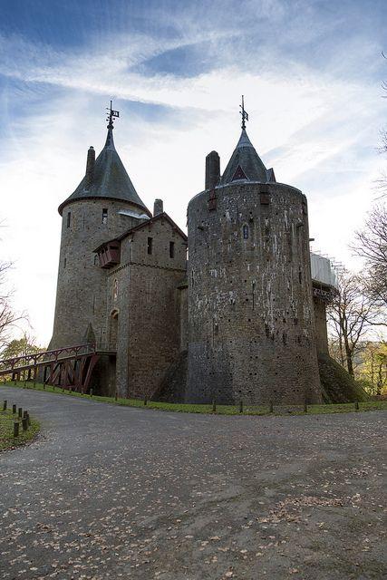 19 top cardiff castle - photo #4