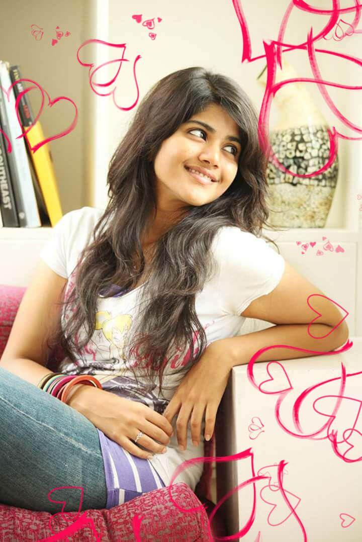 Megha Akash - lovely pics