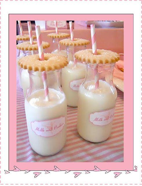 Ballerina Birthday Party: Milk and cookies
