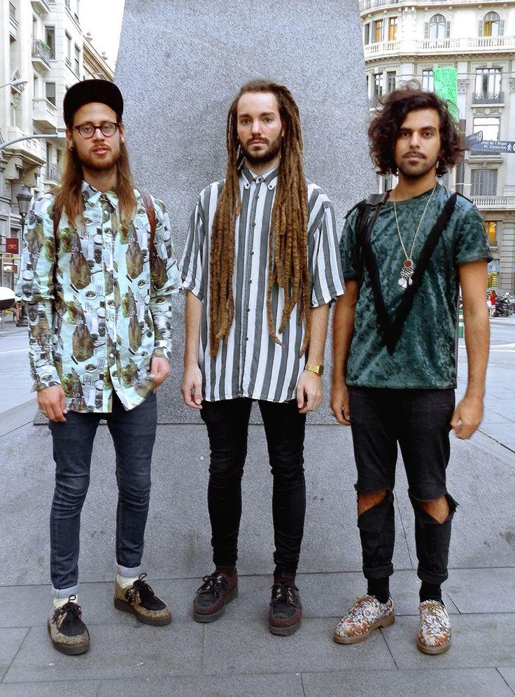 Les Trois Garcons Dans Laietana The Three Boys In