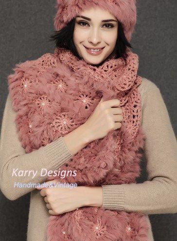 Pearl flowers rabbit fur shawl