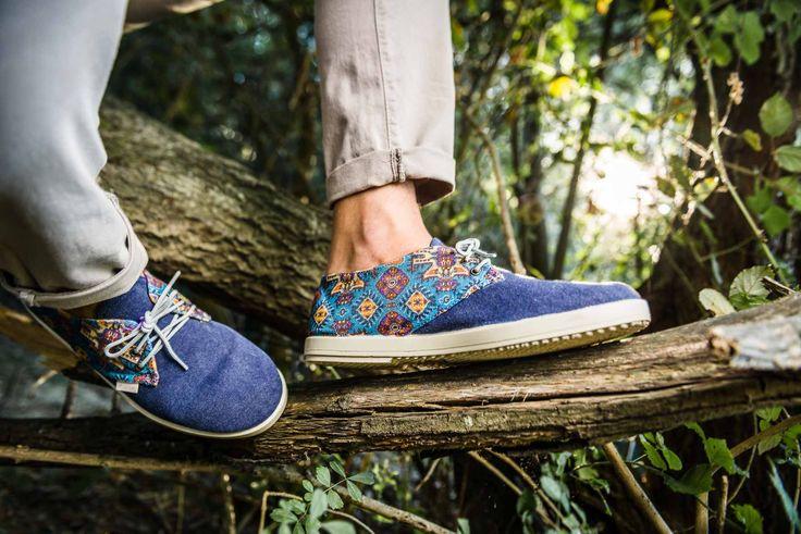 Alguna vez has sentido la serenidad y armonía que generan los patios mudéjares nada más poner un pie en ellos? Esa ha sido nuestra inspiración para Índigo Mosaic, donde hemos querido reproducir la azulejería que instantáneamente evoca paz, calma y reposo. ¿La quieres? ¡Pincha en la imagen! #footwear #barqet #madeinspain #menswear #sneakers #menstyle #inspiracion