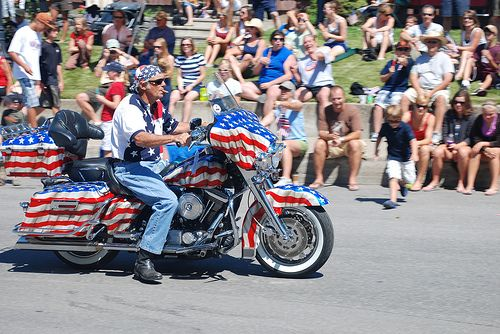 This guy has a bike that is really patriotic, do you know of anyone else?