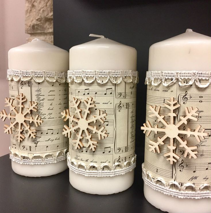 Gorgeous decorated candles.