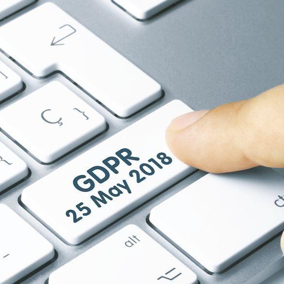 Der europäischer Datenschutzpakt wird den Umgang mit persönlichen Daten ab dem 25. Mai 2018 in der EU völlig neu regeln.  Viele Paragrafen sind an deutsches Recht angelehnt. Einige Elemente der künftigen EU-Grundverordnung bedürfen aber hierzulande auch Änderungen.  Was auf Unternehmen, Behörden und Freiberufler, aber auch auf alle Privatpersonen Mitte 2018 zukommt sagen wir euch um empfindliche Strafen zu vermeinden.  #Marunde #Datenschutz #EU #GDPR #DSGVO #Datenschutzrecht #Sicherung