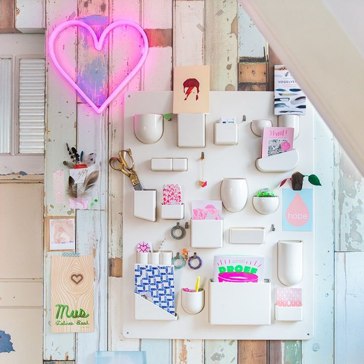 Wall Lamp Heart Neon Pink Dimmable with Remote Control £68 | lamp and light