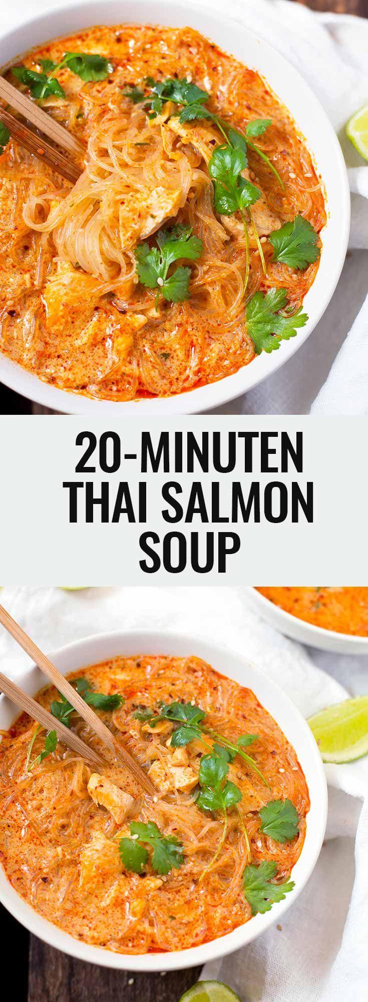 20-Minuten Thai Salmon Soup mit Lachs, Kokosmilch, roter Currypaste, Ingwer, Knoblauch, Gemüsebrühe, Sojasauce und Glasnudeln. Super einfach und lecker!