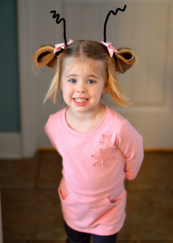 Dr. Seuss Day Simple DIY cindy lou who costume  halloween