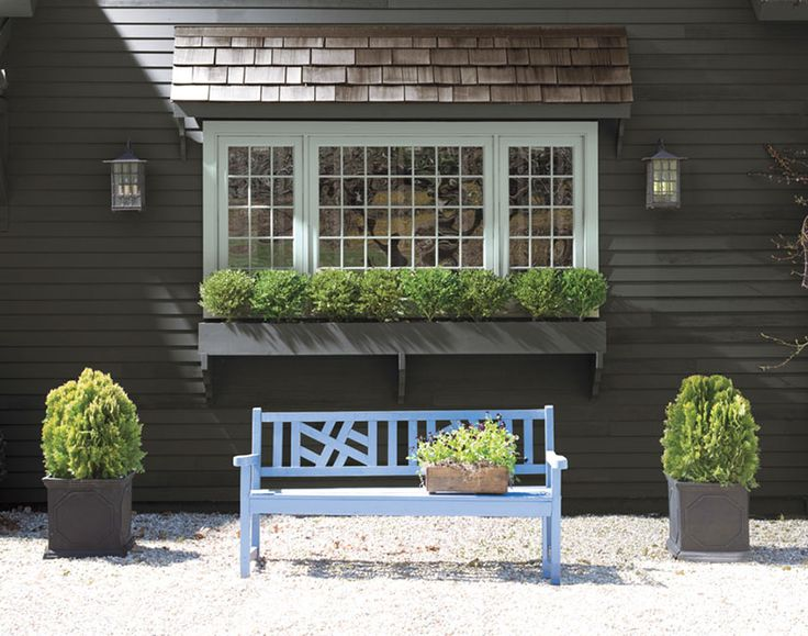 Home exterior paint ideas and inspiration exterior iron for Exterior house color inspiration
