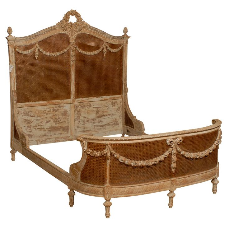 17 Best Images About Antique Sofas Amp Beds On Pinterest