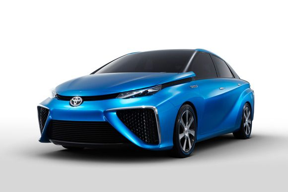 Alternative energy powered cars from toyota and ford