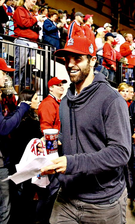 Andrew Ladd, Winnipeg Jets supporting the Cardinals!!! ⚾️