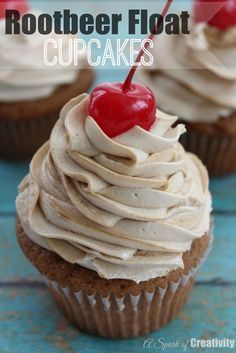 Looking for an easy cupcake dessert? These Rootbeer Float Cupcakes are made up of sugar, root beer extract, vanilla and rootbeer. Ready in 20 minutes and turn out so delicious. Love that they're so easy to make - A Spark of Creativity