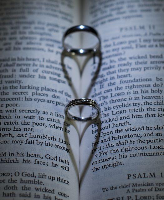 Bible & Wedding Rings Photo ~ AWESOME ~