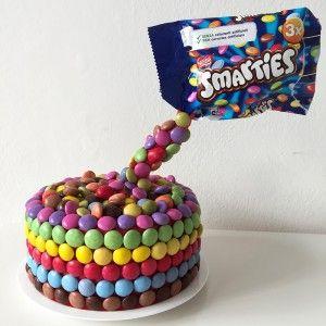 Torta con smarties Smarties cake