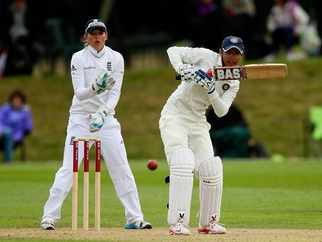 Smriti Mandhana anchored the innings with a half-century