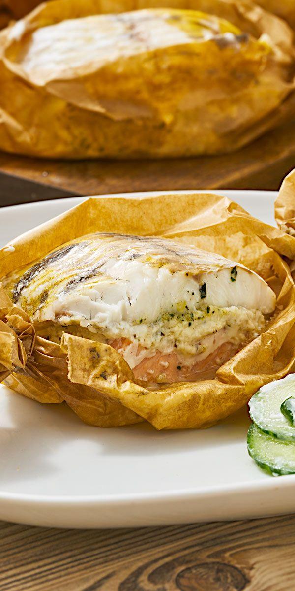 Frischer Fisch schonend im Pergamentpapier gegart und dazu eine cremige Soße. Diese Kräuter-Fischpäckchen sind der perfekte Auftakt für dein Ostermenü. Deine Gäste werden begeistert sein!