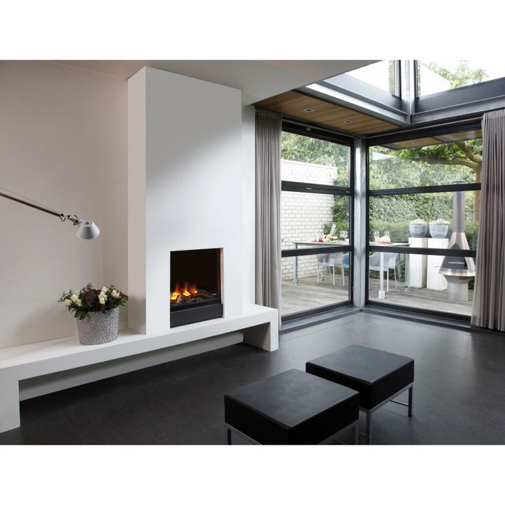 GLAMOUR. Il modello GLAMOUR è un modello elettrico in grado di riprodurre una straordinaria fiamma tridimensionale che, grazie ad un sistema davvero sofisticato, vi sembrerà reale.  L'incredibile effetto fiamma realistica è generato dal vapore dell'acqua che illuminato riproduce la fiamma e l'atmosfera di un camino tradizionale. Il design ultramoderno e la facilità di montaggio, renderanno il camino GLAMOUR il grande protagonista della vostra casa. #starambiente #caminoelettrico…