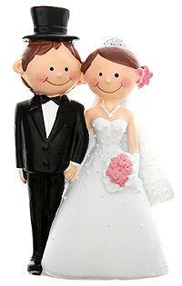 Figurines mariage style Bd - Superbe pour décorer et mettre une touche finale à votre pièce montée, cette figurine de mariés aux finitions luxueuses, réalisée en albâtre et finement ciselées fera un sacré bel effet ! http://www.mariage.fr/figurine-mariage-style-bande-dessinee.html