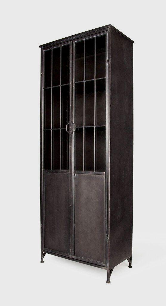 This Full Size Metal Storage Cabinet Has A Unique Industrial Elegance It Features 4 Fixed Metal Shelves 2 L Cocina Industrial Industrial Decoracion En Hierro