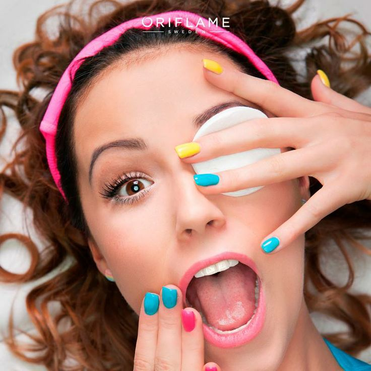 Delineador corrido, rubor muy marcado y un tono de base mal elegido, tres errores fatales del maquillaje. ¡Aprende a evitarlos en nuestra guía! http://global.oriflame.com/landing.jhtml?landing=/beautyexperts #makeup #Tips #OriflameMX