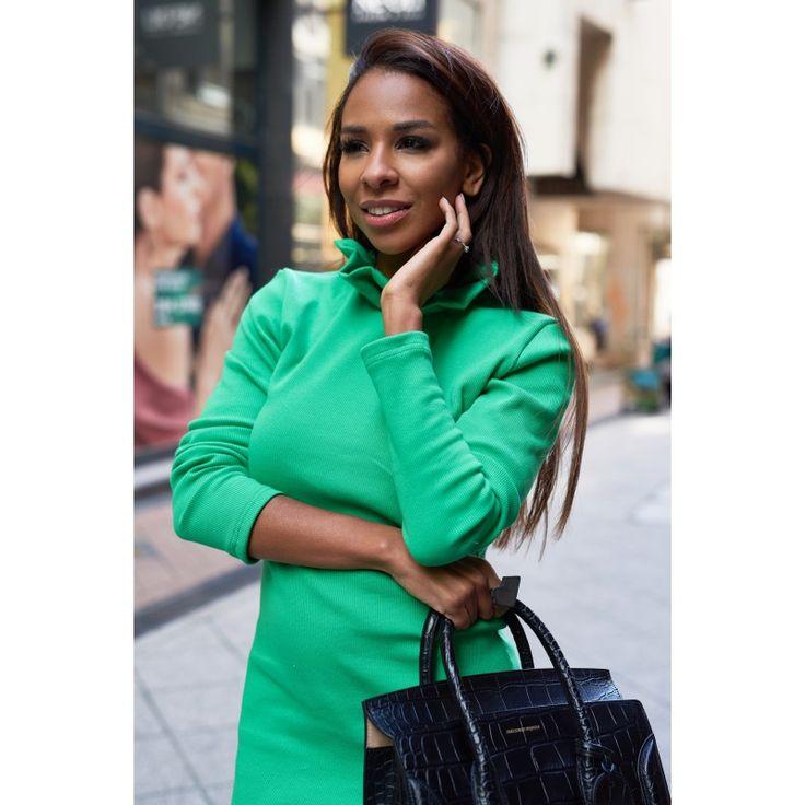 zöld-fodros-ruha-green-knitted-kötött-dress-frill