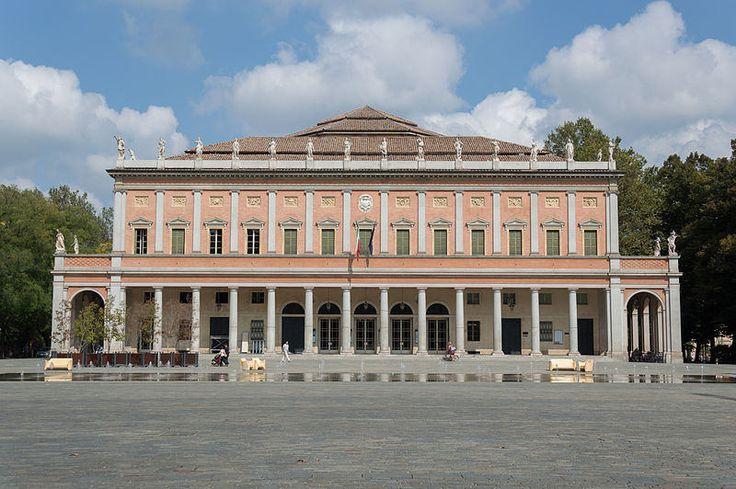 TeatroValli ReggioEmilia @AlessandroAzzolini