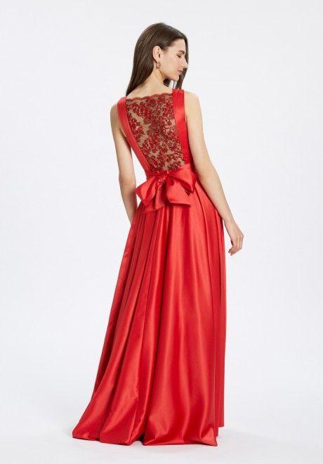 Vestido de vuelo en Satén rojo