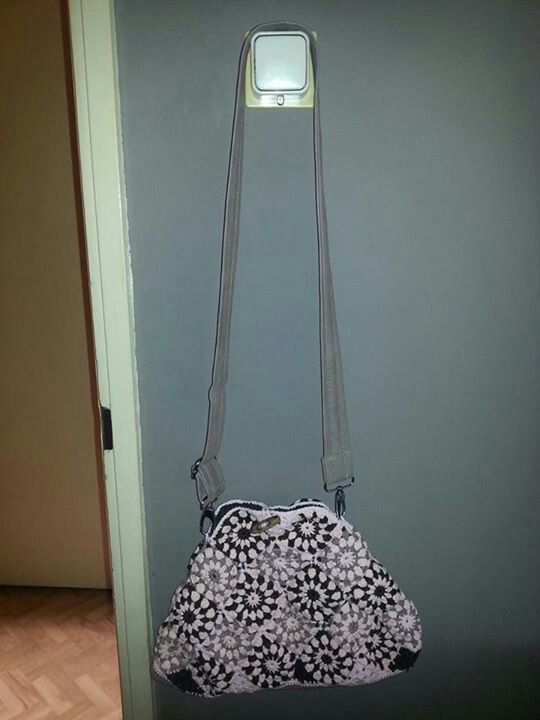 Mijn 1e gehaakte tas