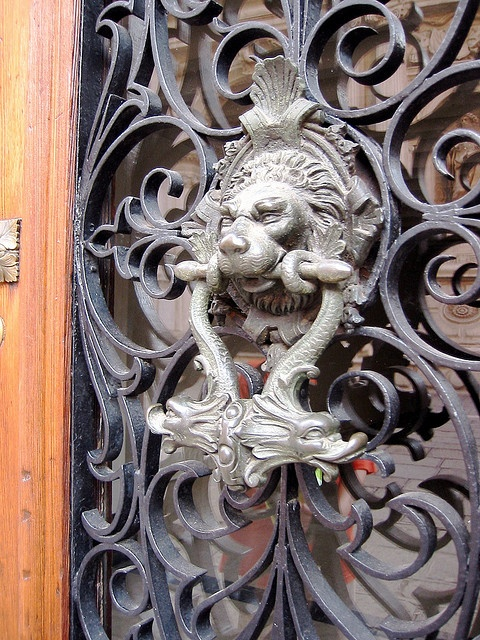 Cast Bronze Door Knobs In Venice by cxny, via Flickr